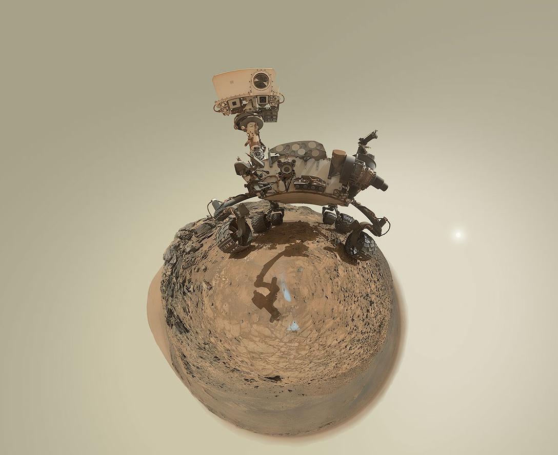 MSL - Curiosity - Mars Science Laboratory - Little Planet - Anniversaire - Andrew Bodrov - 5 août 2015 (sol 1065) -  Marias Pass - MAHLI - JPL - NASA
