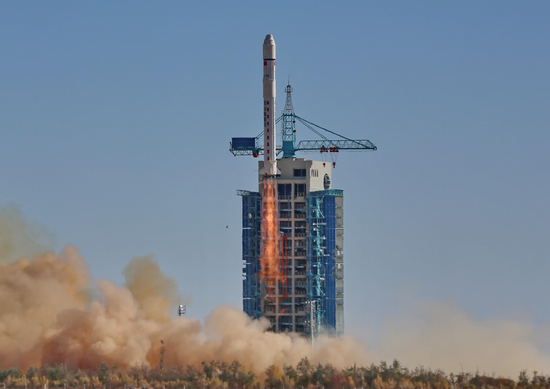 Lancement - fusée chinoise - CZ-2D - Satellite Tianhui-1C - Chang-Zheng - 26-10-2015
