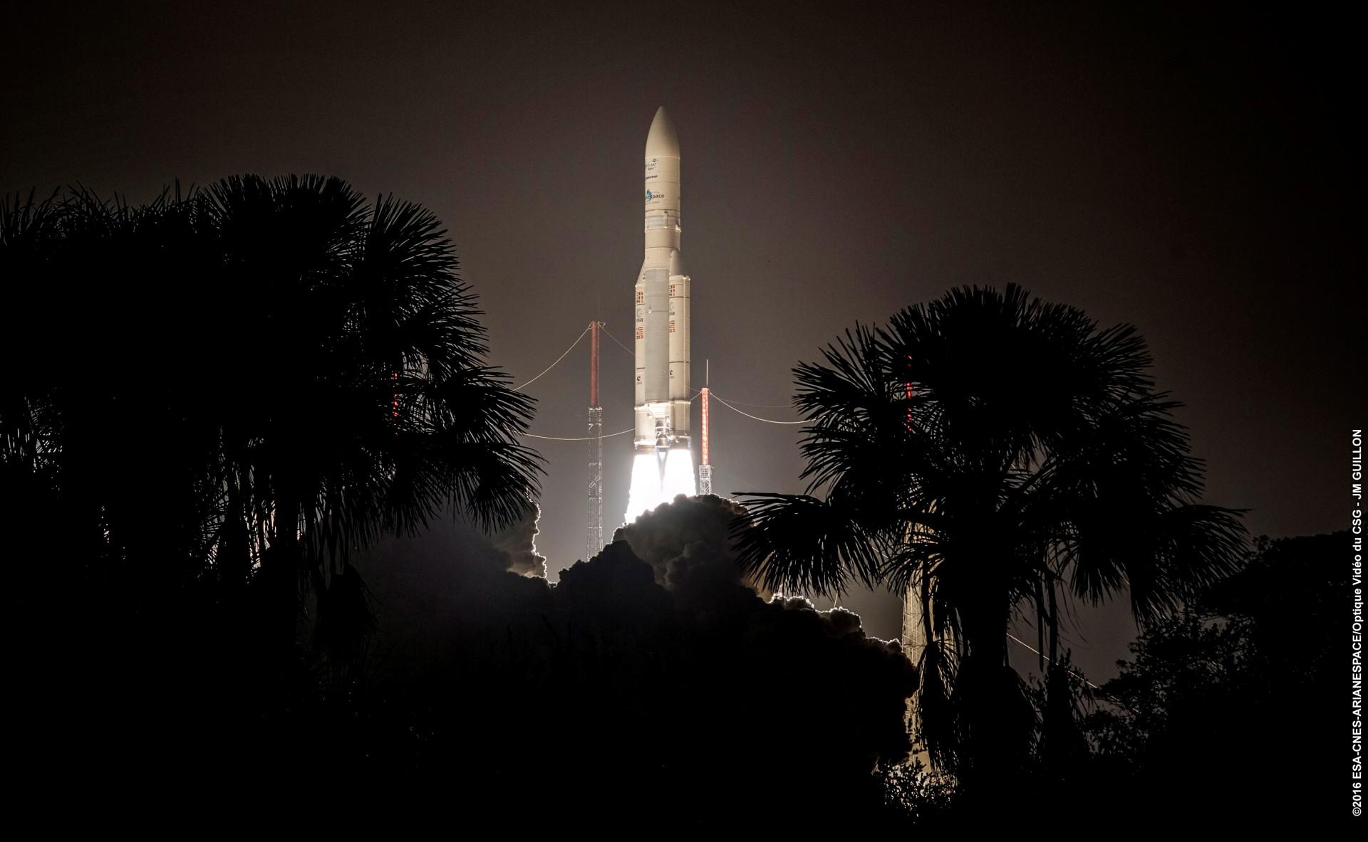 Ariane 5 - décollage - VA 228 - Intelsat 29e - Janvier 2016 - Kourou - CSG - Arianespace