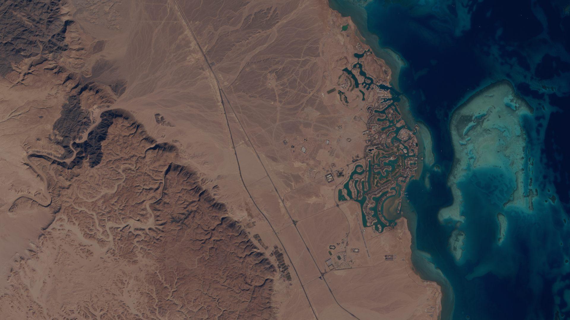 Mer rouge - Egypte - Tourisme - Golf - El Gouna - Satellite sentinel 2 - MSI - ESA - observation de la Terre