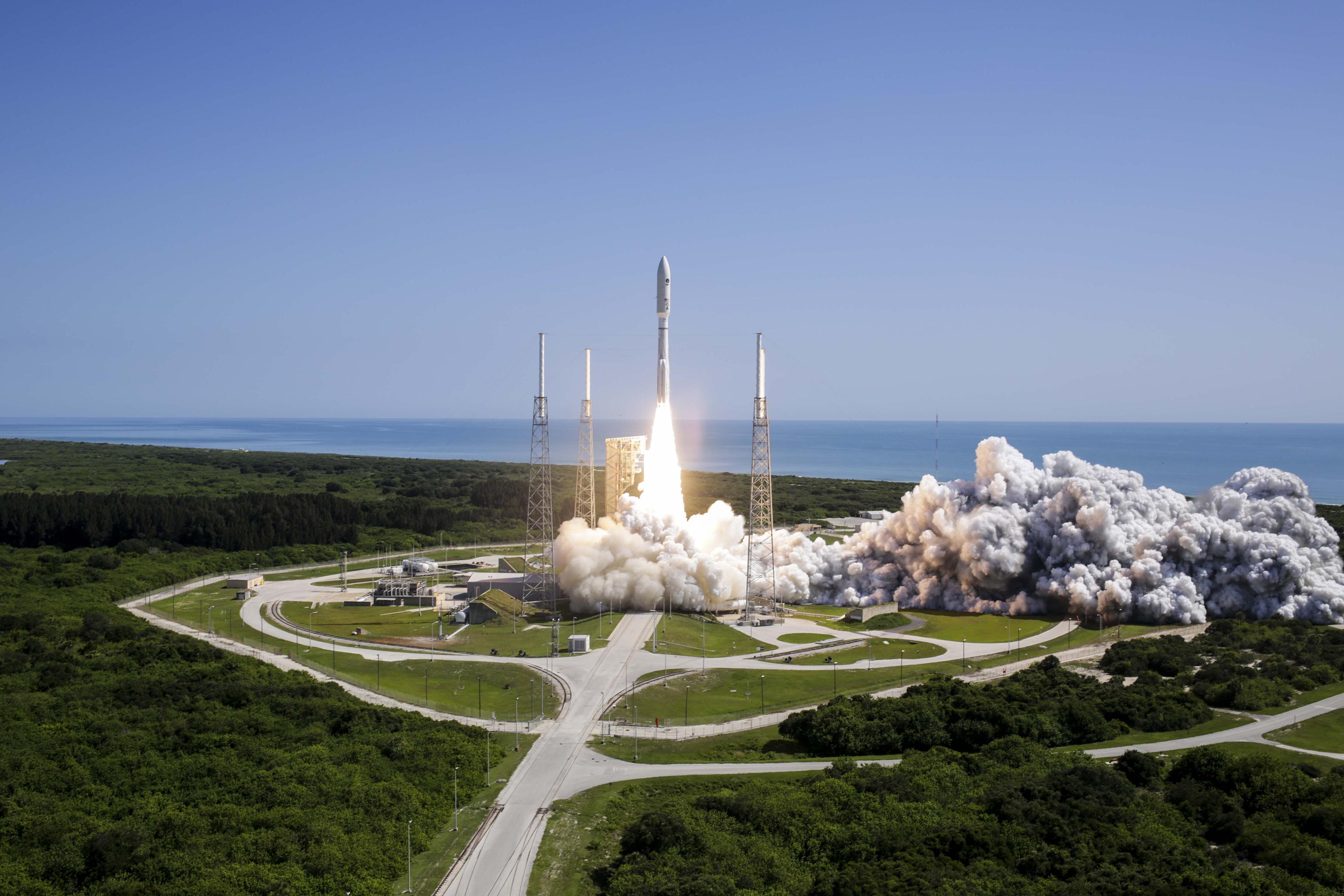 4 juin 2016 - lancement du satellite militaire MUOS 5 - fusée Atlas 5 - US Navy - ULA