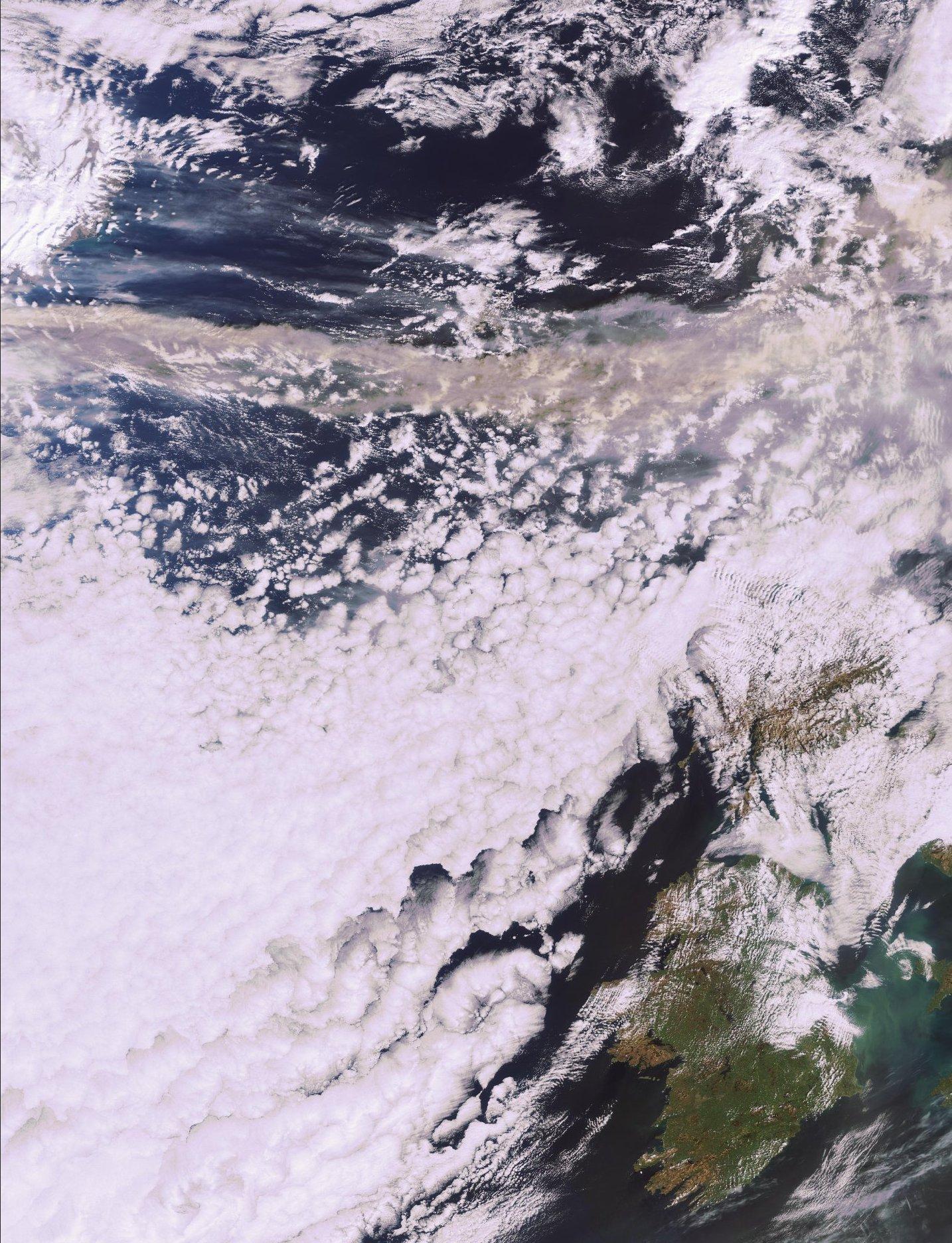 Volcan islandais - Mars et avril 2010 - 15 mars 2010 - nuage de cendres - Envisat - MERIS - ESA