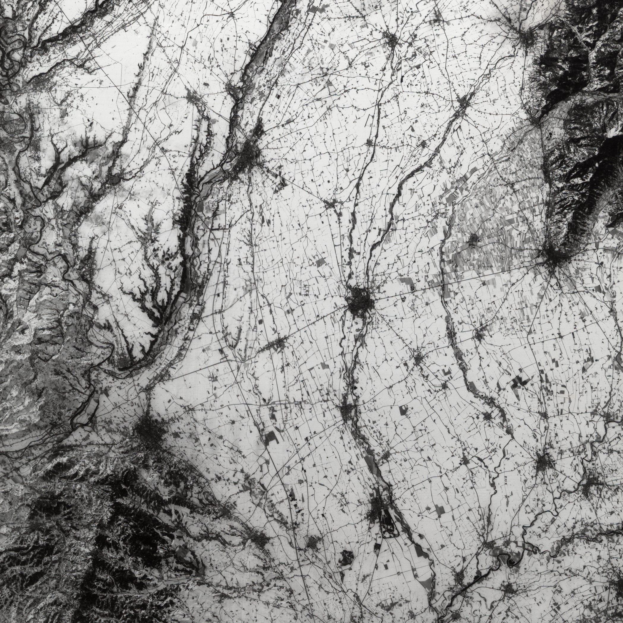 30 ans du satellite SPOT - Anniversaire SPOT 1 - Première image - En Italie, la plaine du Pô sous la neige - Mode panchromatique - Copyright CNES 1986. Distribution Airbus DS
