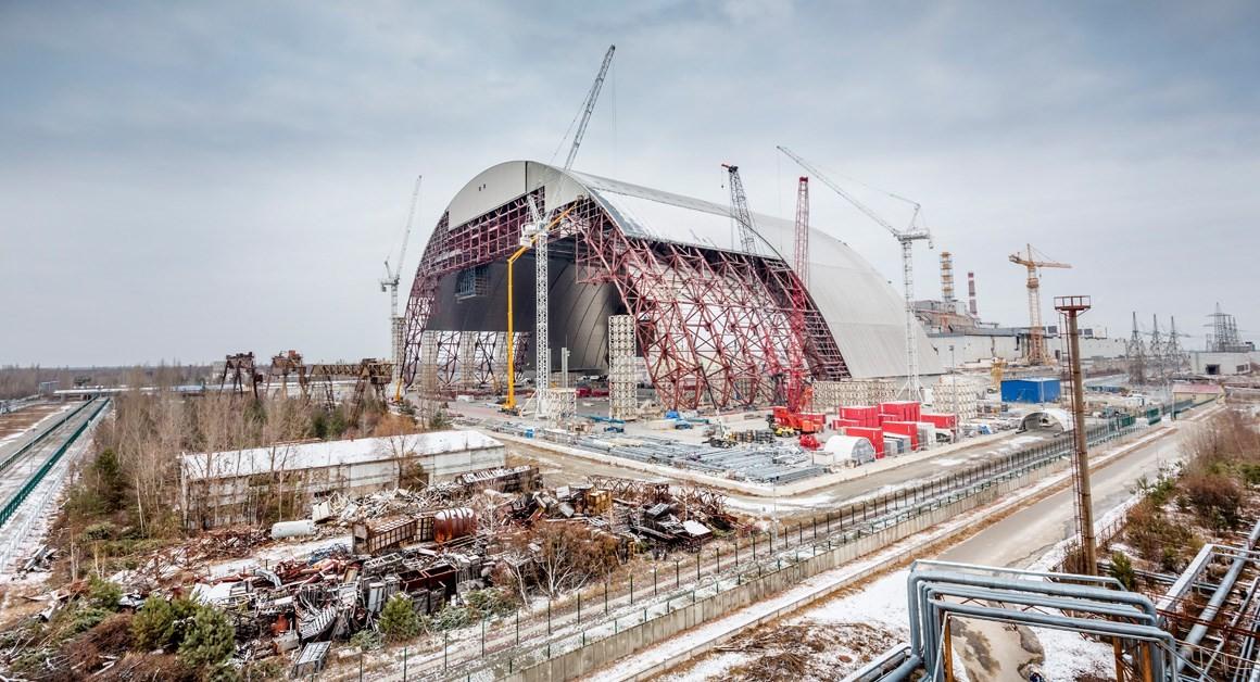 Centrale de Tchernobyl - Arche de confinement - Chantier -  réacteur n°4 - Solidarisation - Mammoet - Ukraine