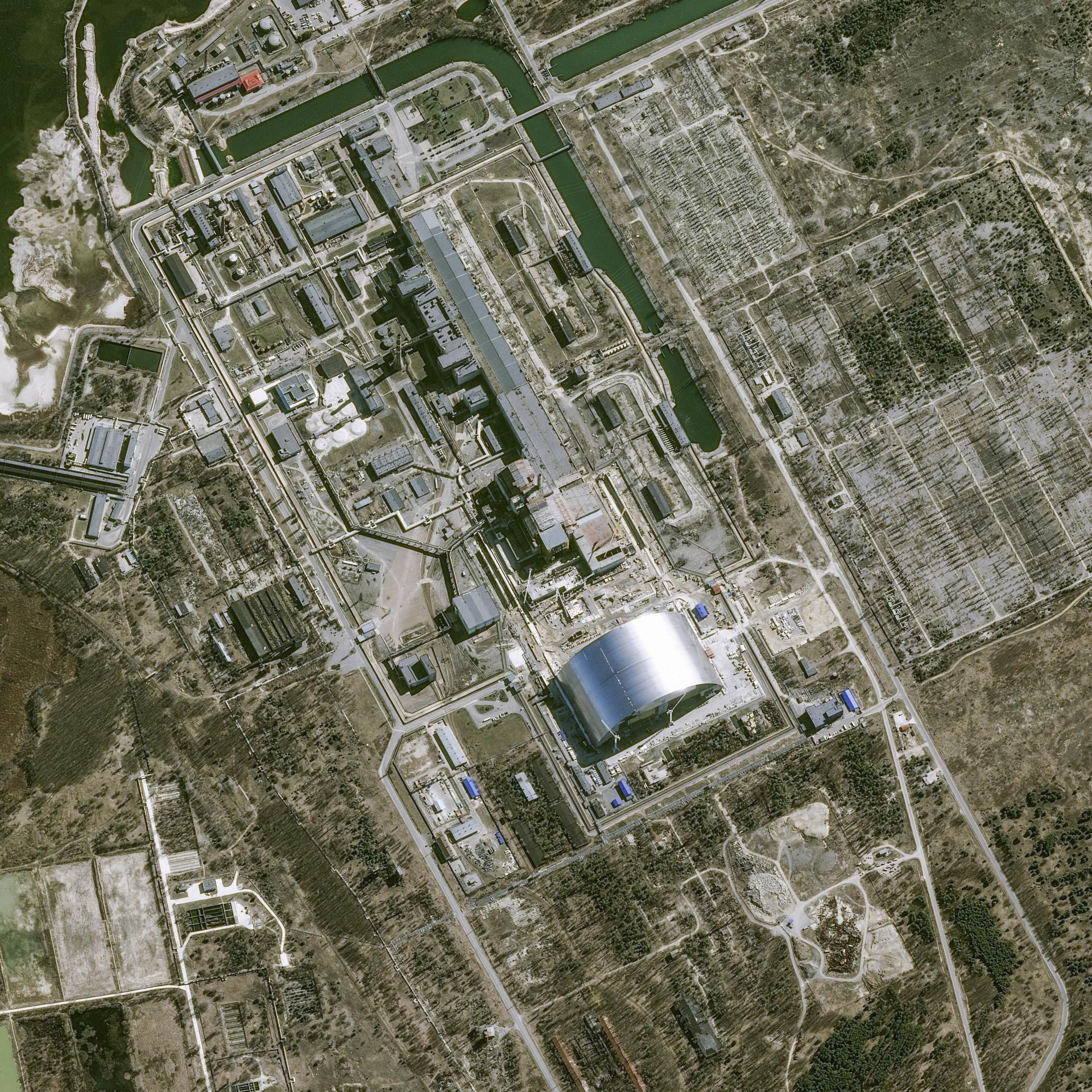 Tchernobyl - Chernobyl - 30 ans - 26 avril 1986 - Catastrophe nucléaire - Explosion réacteur n°4 - Pléiades - Arche de confinement - Chantier - Ukraine