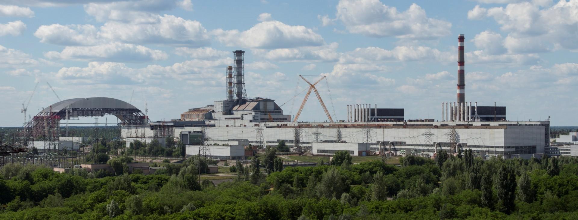 Centrale de Tchernobyl - Chernobyl - Arche de confinement - Juin 2013 - Chantier -  réacteur n°4 - Sarcophage - Ingmar Runge - Wikipedia Commons- Ukraine