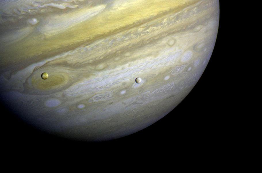 Voyager - Sonde spatiale - NASA - Jupîter- Io - Europe - Lunes de Jupiter - 13 février 1979