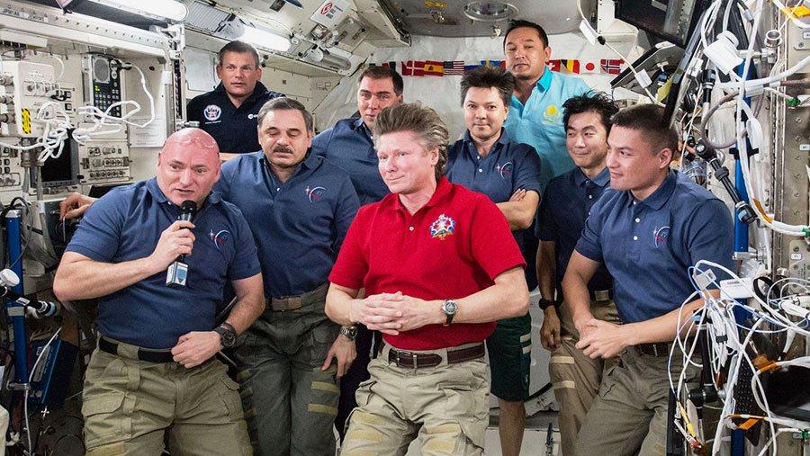 Scott Kelly - Guennadi Padalka - Long séjour dans l'espace - Passage de commandement - ISS - NASA - Roscosmos - Andreas Mogensen