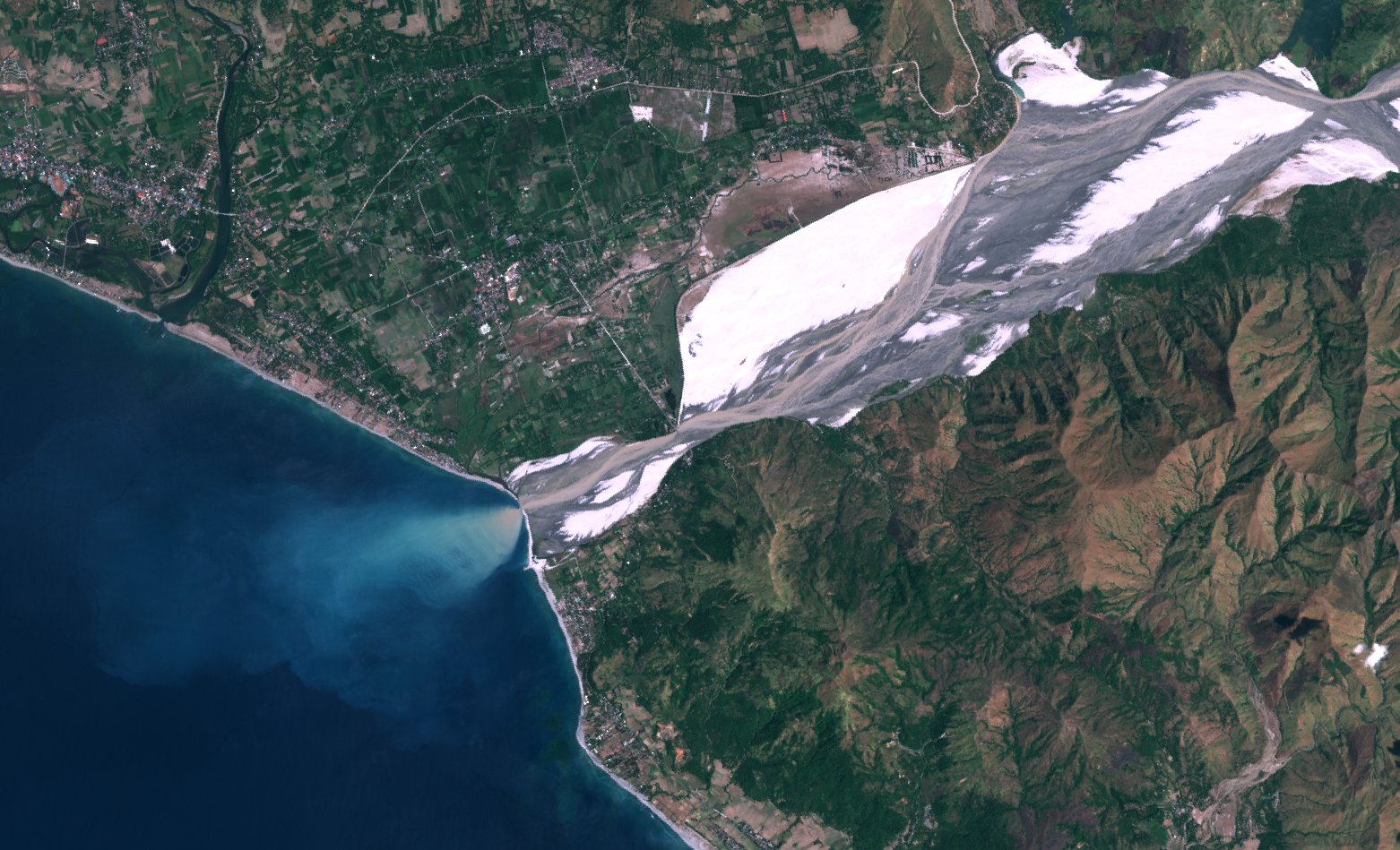 Sentinel-2A - Philippines - Botolan - Bucao River - ESA - Copernicus - Couleurs naturelles - 432
