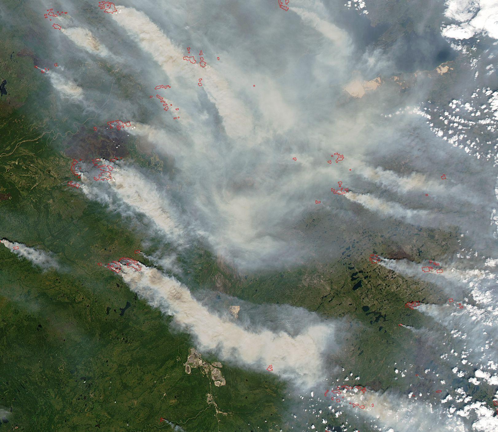 Terra - MODIS - Incendie - Wild Fires - Canada - Alberta - Saskatchewan - Juin 2015 - vus par satellite - NASA - GSFC - ESDIS - LANCE