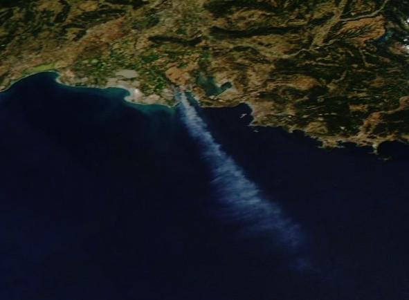 Incendies - Marseille - Vitrolles - Les Pennes Mirabeau - Août 2016 - Satellite - Aqua - MODIS - NASA - Worldview