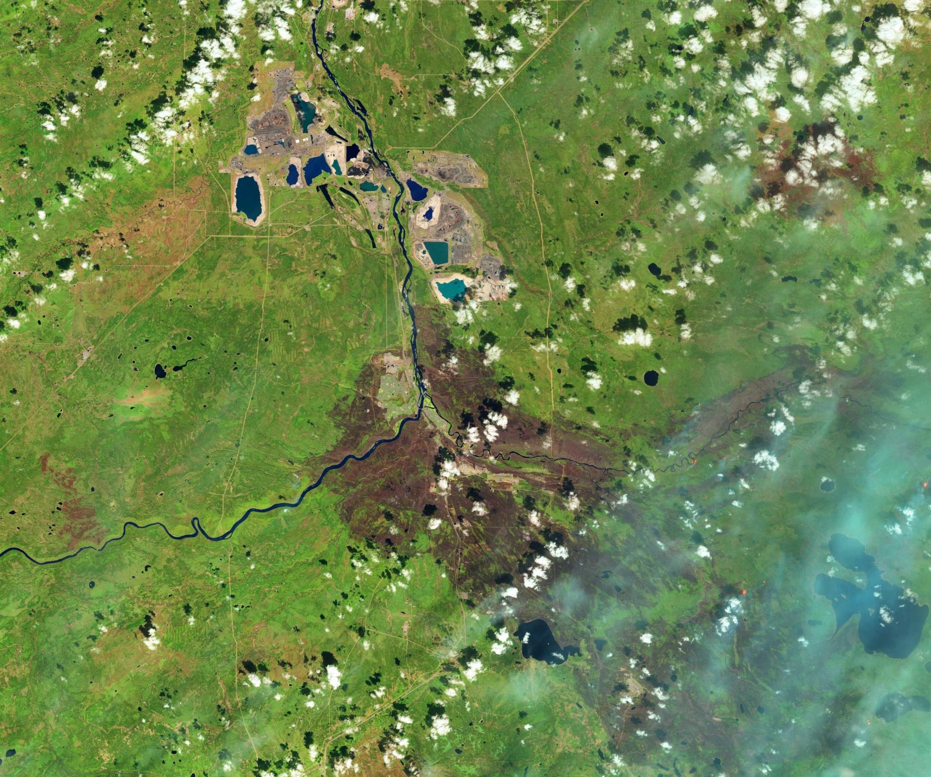 Fort McMurray - Alberta - Incendies - Feux - Wild fires - Landsat 8 - satellite - 12 mai 2016 - Zones brûlées - Burnt scars