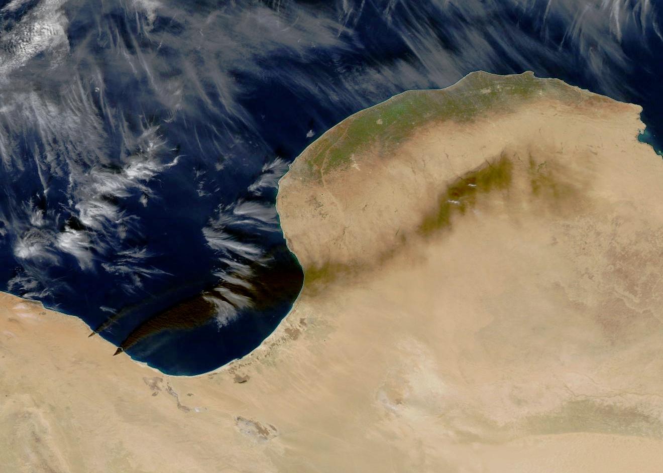 Libye - état islamique - EI - incendie - feux - terminaux pétroliers - Cuves stockage pétrole - Janvier 2016 - Satellite MODIS - Aqua