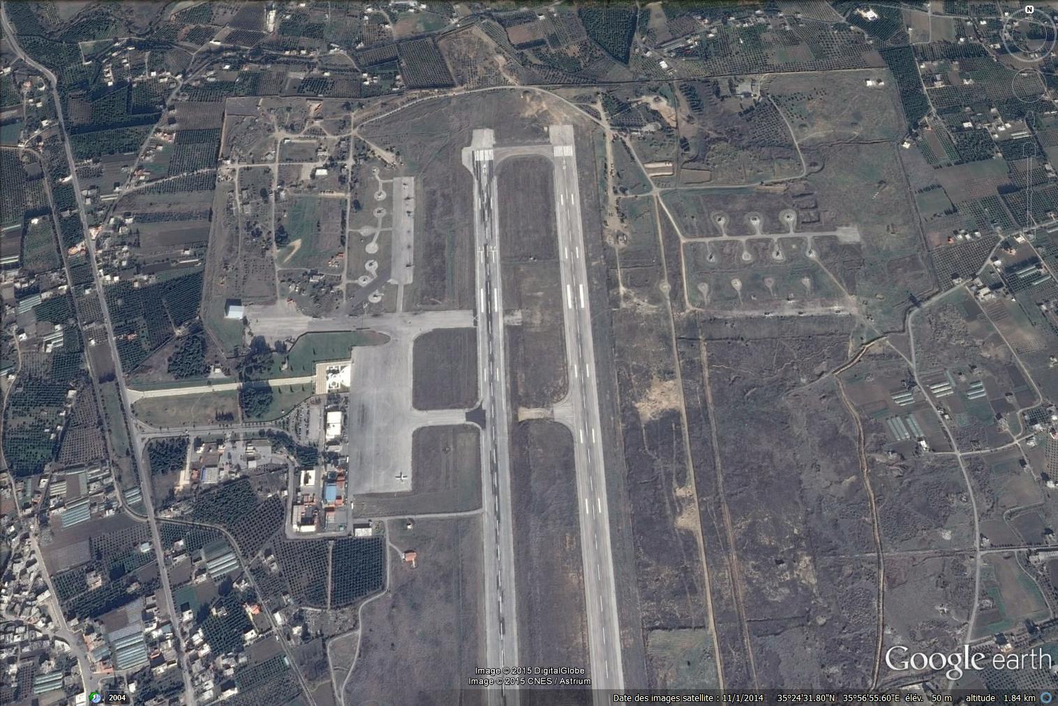 Syrie - Lattaquié - aéroport avant arrivée avions russes - avant travaux - Google Earth