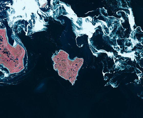 Saint-Valentin - île en forme de coeur - vu par satellite - vu du ciel - James Bay - DMC-2 - Un autre regard sur la Terre