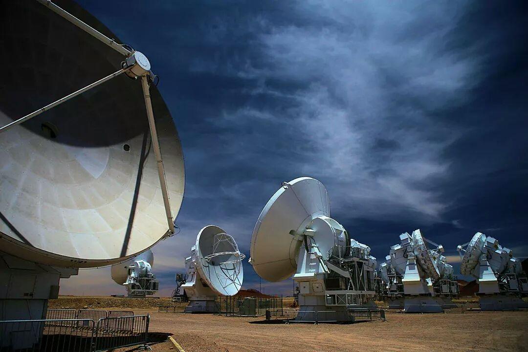 ALMA - Atacama - réseau antennes - ESO - Alain Maury - Chili