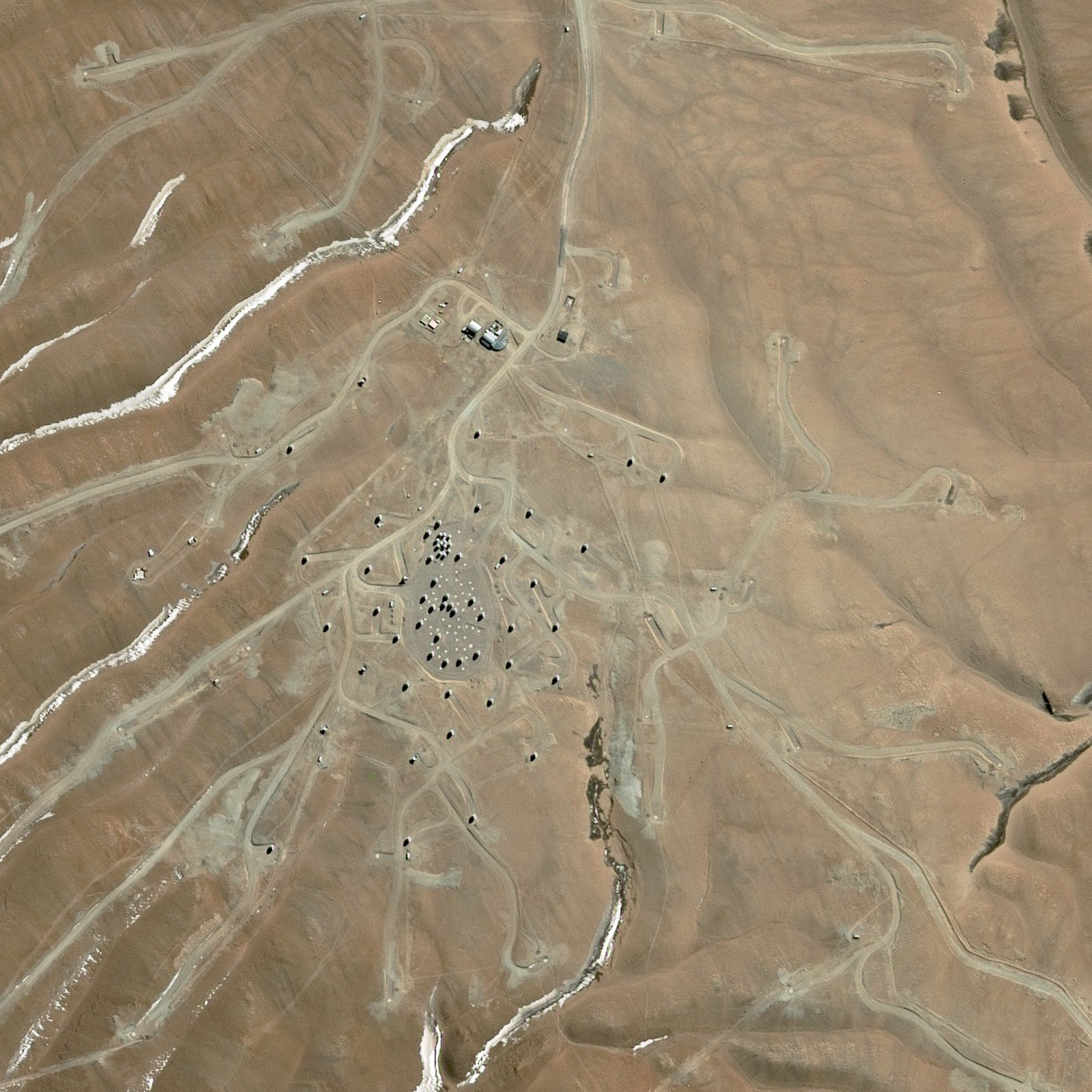 ALMA - ESO - Chili - Satellite SPOT 6 - Août 2014 - Atacama - réseau antennes - Atacama Large Millimeter Array - Airbus Defence and Space