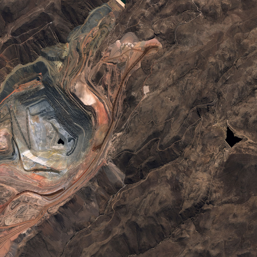 Perùsat - PeruSAT-1 - First image - Première image - satellite péruvien - Mine cuivre - Copper mine - Cuajone - CONIDA