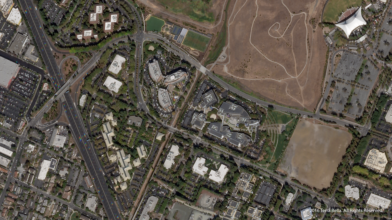 Terra Bella - Skysat 4-7 - First images - Premières images - Google - Mountain View - California - Silicon Valley - Googleplex - satellite d'observation - Skybox - MTV